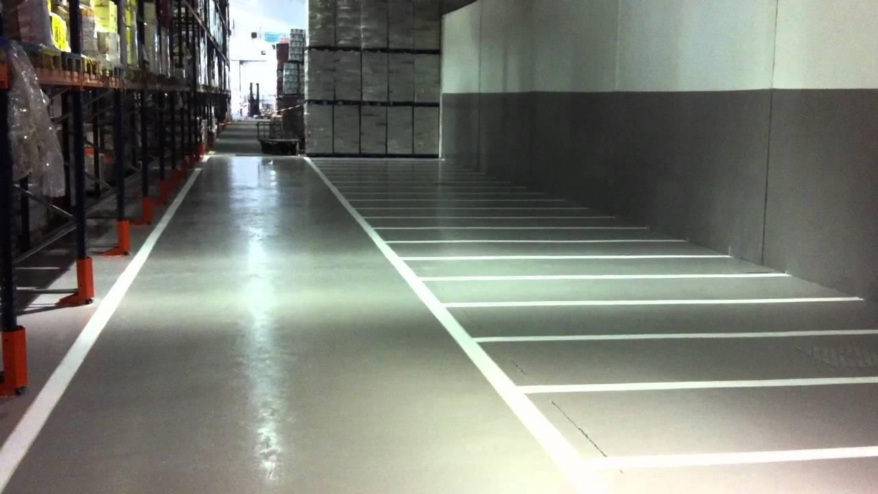Pintura para suelos de gres latest baldosas de cermica de - Pintura suelo exterior ...